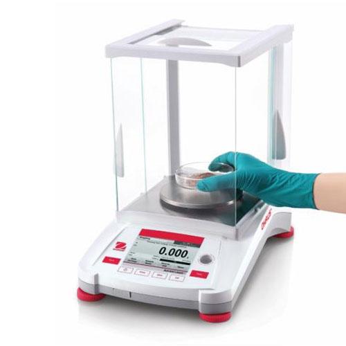 Области применения лабораторных весов